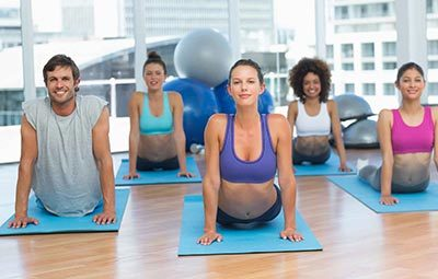 Yoga στο Gym